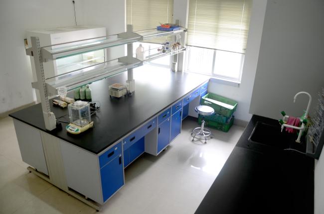 栽培与病害防控实验室2.jpg